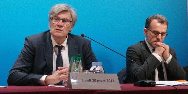 Stéphane Le Foll et Bruno Ferreira (à droite) en conférence de presse le 20 mars 2017
