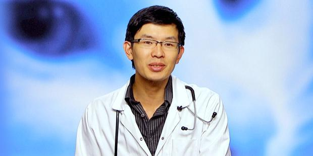 Vétérinaire Minh Huynh participant à l'émission