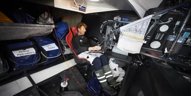 Vendée Globe Challenge  Jean-Pierre Dick, dans le cockpit