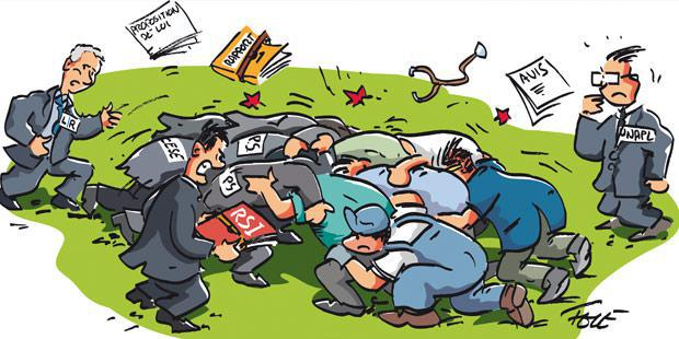Mêlée de rugby entre les experts économiques et politiques