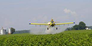 Epandage aérien de pesticides