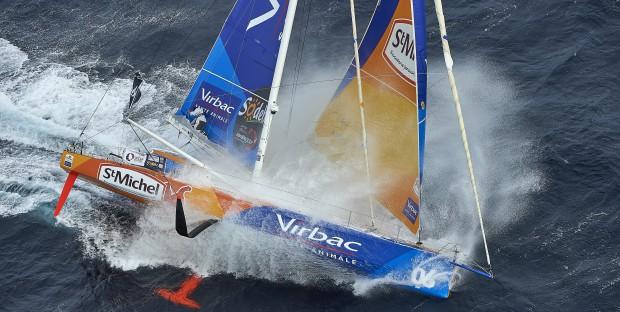 Vendée Globe Challenge 2016, StMichel-Virbac, commandé par Jean Pierre Dick franchit le Cap de Bonne-Espérance et entre dans l'Océan indien.