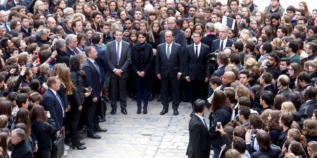 Minute de silence à la Sorbonne