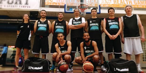 L'équipe vétérinaire médaille d'or de basket des medigames